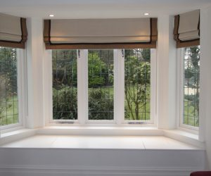 roman-blinds-in-a-bay